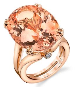 Oval Rose Gold Ring with Morganite
