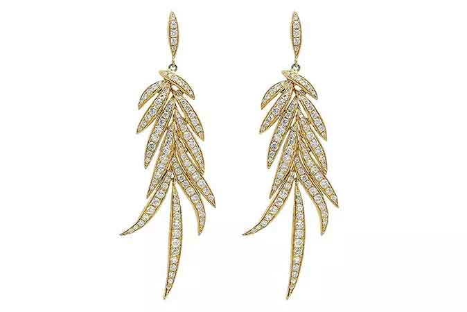 Statement earrings in 18k yellow gold