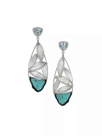 Earrings in platinum with 18.5 cts. t.w. blue tourmaline slices