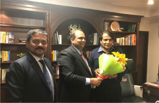GJEPC Chairman Visits C & I Minister