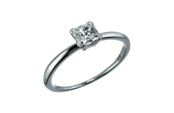 Alrosa-Competition-Diamond-Ring