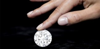Sotheby Sells 100-Carat Round for Record Per-Carat Price