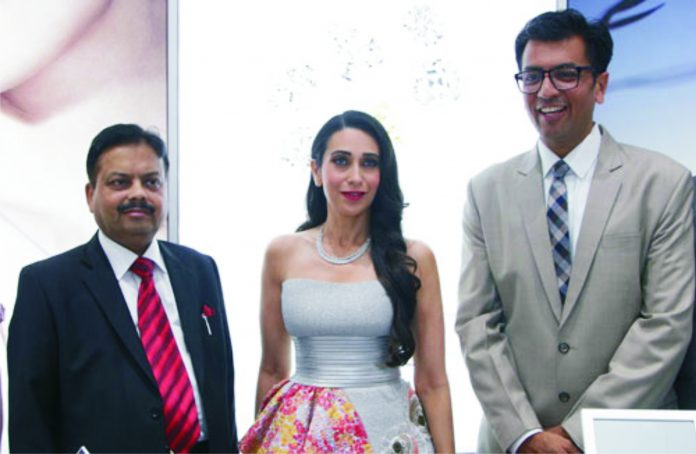 Pratik Dugar Karisma Kapoor and Sachin Jain at Forevermark Boutique store launch at IGJC Kolkata