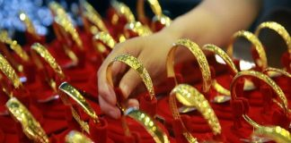 Jewellery sales in China retain sparkle