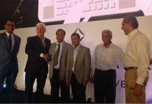 De Beers' IIDGR Presents AMS Machine to GJEPC for Delhi Region