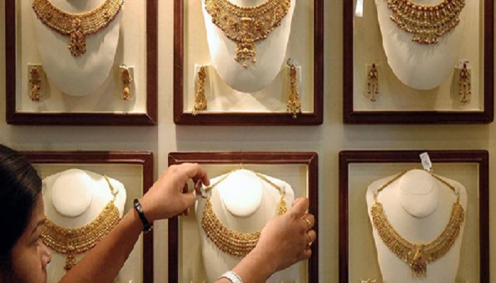 Keralites may sell gold to rebuild homes