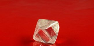 ALROSA to sell rare rough diamonds in New York