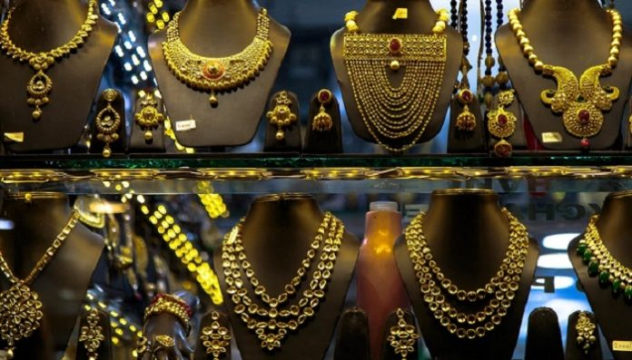 INDIA WILL PASS THE US IN JEWELRY CONSUMPTION BY YEAR'S END