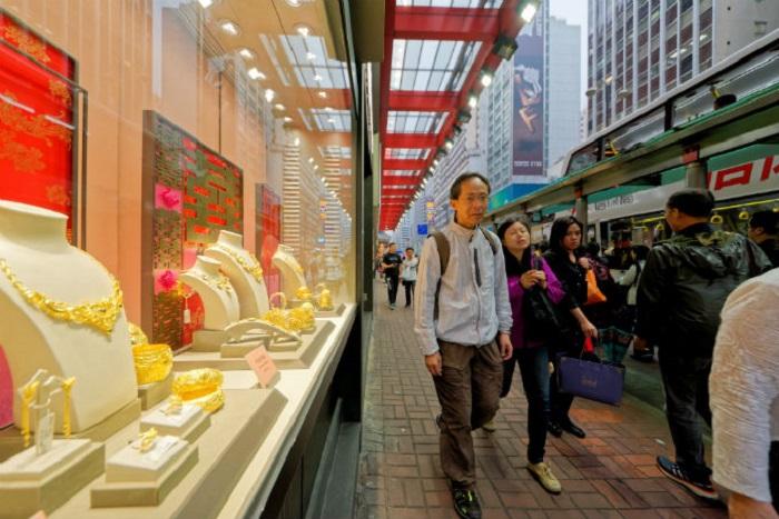 Jewellery sales retain shine in Hong Kong