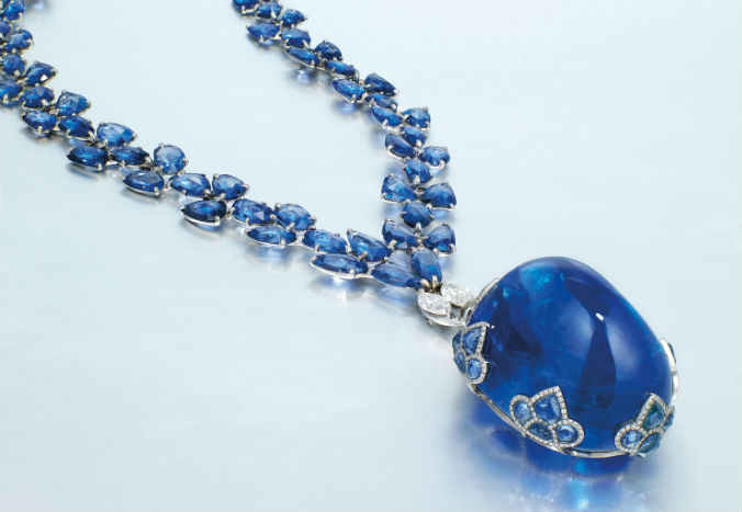 Exceptional sapphires to topbill Christie's HK auction