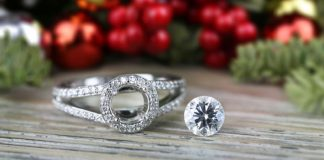 Diamonds top holiday shopping lists in US