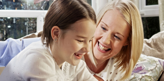 National jeweller helps kids give something special this Mother's Day
