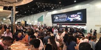 "the 63rd Bangkok Gems & Jewelry Fair Foreign Trade Partners Admire ""Thailand's Magic Hands"""