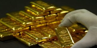 Precious-Gold slips to 1-week low as global slowdown fears ease