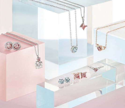 De Beers' lab-grown diamond jewellery