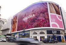 Pandora paints London pink