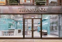 "Tiffany & Co struggled to find other ""credible"" takeover bids"