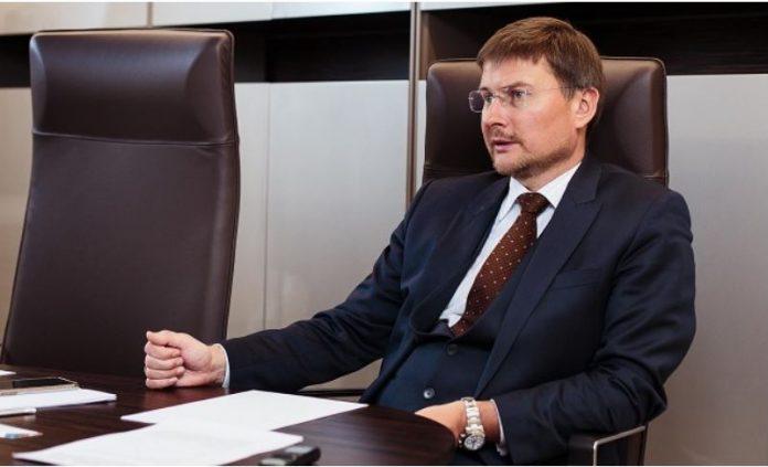 Alrosa Boss Sells Half His Shares to Fight Coronavirus
