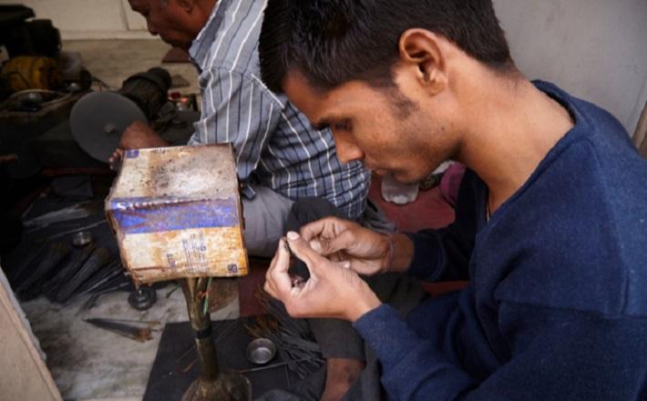 Traders Retrieve their Diamonds as Lockdown Eases in Surat