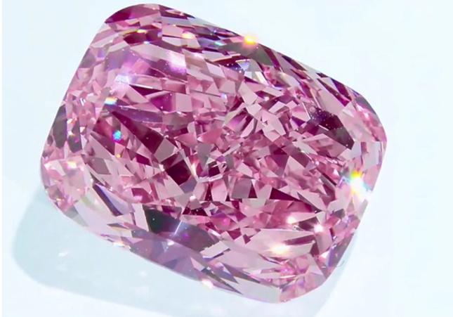 Largest Purple-Pink Diamond Could Fetch $38m