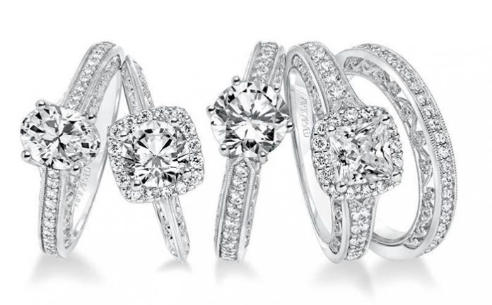 5 Reasons Why Diamond Jewelry Always Makes the Perfect Gift